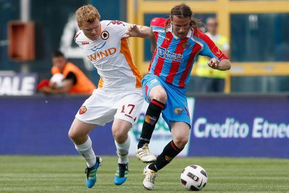 La Roma comenzó ganando el partido ante Catania pero les dieron la vuelta.