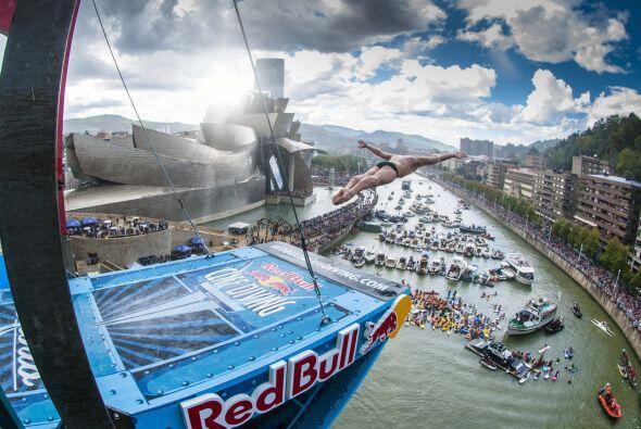 Silchenko (RUS), ejecutó el salto de mayor dificultad (6,2) de la...