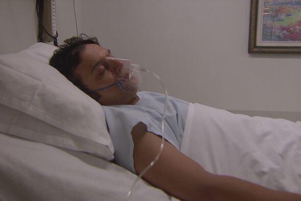 En el hospital y malherido, Richie espera el rescate de sus compañeros.