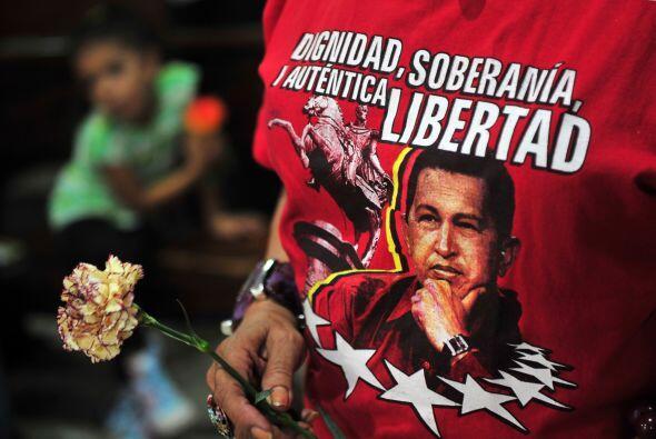 11 de diciembre. El presidente de Venezuela, Hugo Chávez, es operado de...