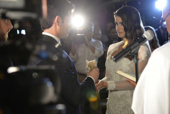 Vanessa y Jorge se prometieron fidelidad y amor eterno.
