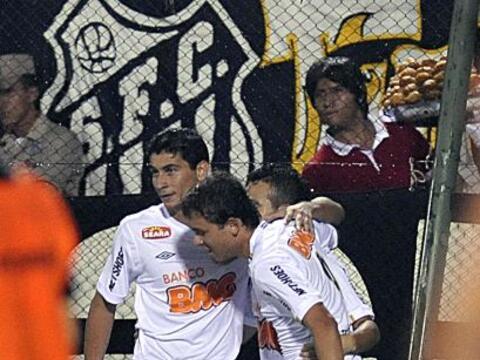 Santos de Brasil venció 2-1 a Cerro Porteño en en el esta...