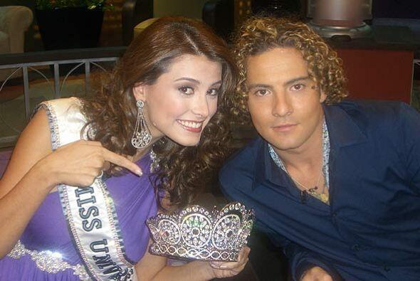 La Miss Universo, Stefania Fernández demostró su gran sentido del humor.