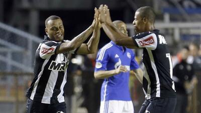 Atlético Mineiro golea al Schalke 04 en su debut en la Florida Cup