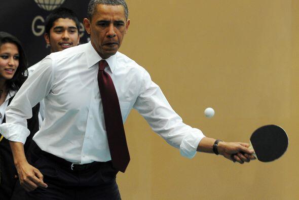 El presidente Barack Obama demostró sus habilidades en la mesa de...