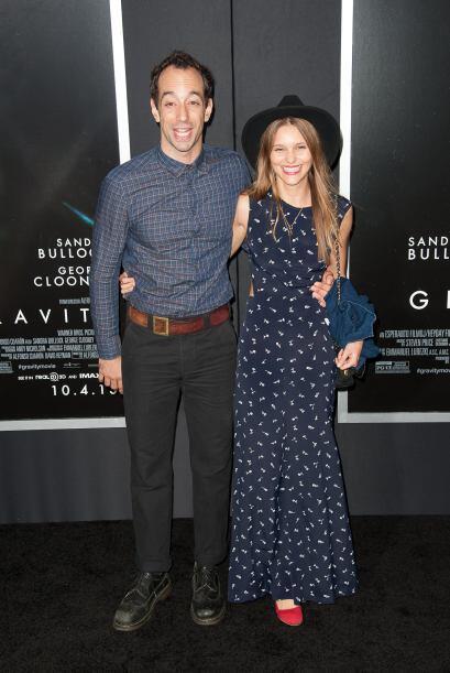 Albert Hammond Jr. de los Strokes y su novia Justyna Sroka.