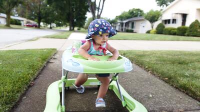 Los accidentes con andaderas siguen enviando a miles de bebés a la emergencia: doctores buscan prohibirlas