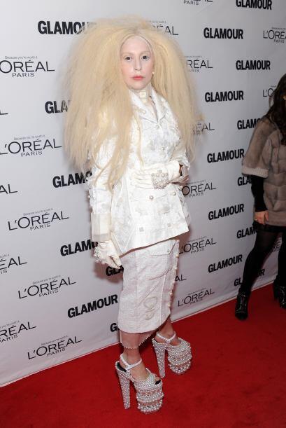 Lady Gaga, como siempre, llamó la atención por lo llamativo de su atuendo.