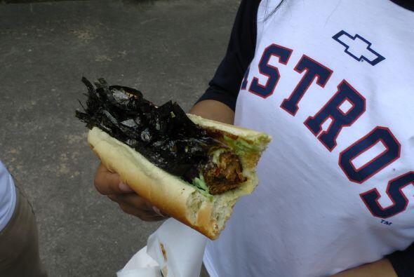 Y los vegetarianos, que no dejan de saborear un rico perro de tofu y alg...