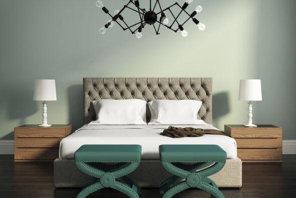 Los muebles son los necesarios y los colores escasean.