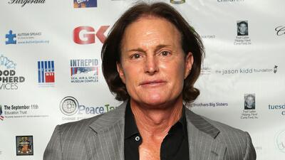 Bruce Jenner se vio involucrado en un aparatoso accidente