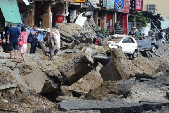 Las autoridades explicaron que las explosiones se debieron a fugas subte...