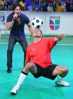 Se necesita mucho control corporal y concentración para lograr esa rutin...