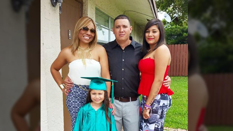 Dania Palma junto con su esposo César Ramírez que fue asesinado tras ser...