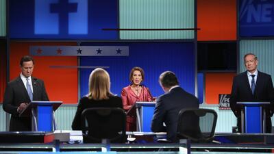 """Los precandidatos republicanos del """"Happy Hour"""" no tienen halagos para H..."""