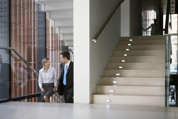 Si trabajas en un edificio alto, puedes combinar unos pisos de elevador...