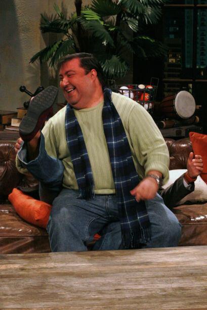 El gordo de la orquesta se sentó encima de Raúl.