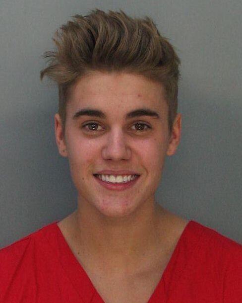 Justin Bieber fue arrestado el jueves 23 de enero de 2014 en Miami por c...