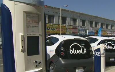 Los Ángeles a la vanguardia en autos eléctricos para uso público