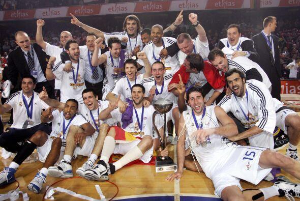 Con ocho títulos, el Real Madrid de baloncesto es el club con más Copas...