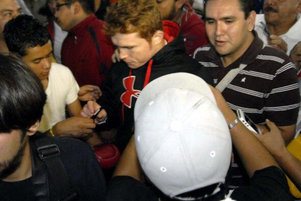 'El Orgullo de Guadalajara' atendió a todo aquel que se le acercaba.