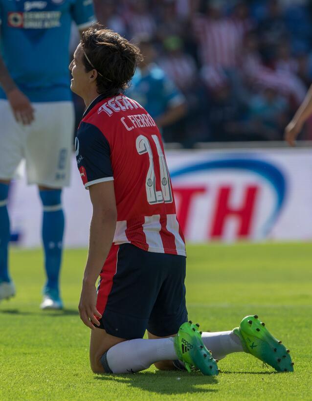 ¡Funcionó la Bruja! Cruz Azul venció 2-1 a Chivas 20170422_6196.jpg