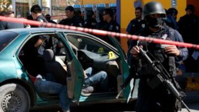 La narcoviolencia en México ha dejado alrededor de 50 mil muertos en los...
