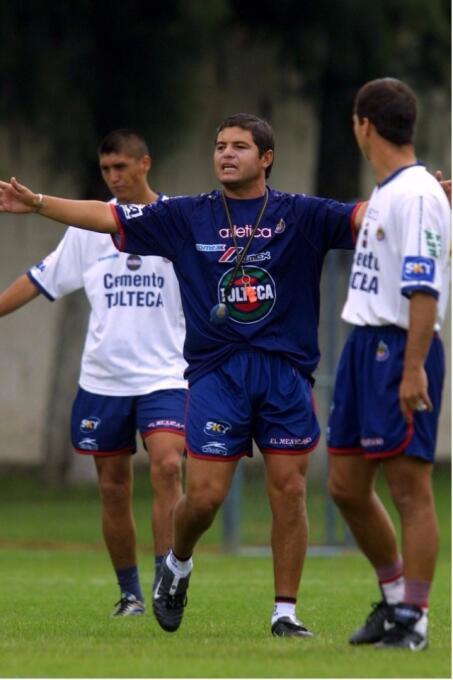 Daniel Guzmán: Al tomar el poder de Chivas, Vergara heredó a Guzmán como...