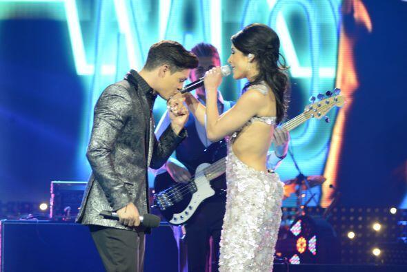El cubano cantó con Playa Limbo.