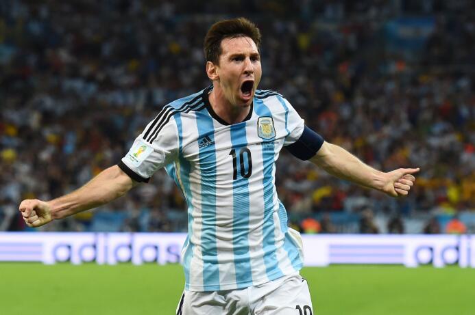 Los cambios de 'look' de Lionel Messi, de promesa hasta superestrella Co...