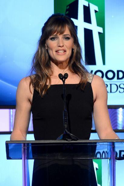 Otra de las presentadoras, Jennifer Garner. Mira aquí los videos más chi...