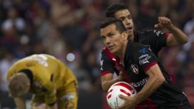 Atlas festeja uno de los goles anotados al León.