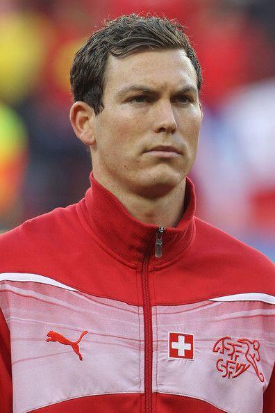 Otra destacada figura de la selección es Stephan Lichtsteiner. Todo sobr...