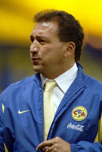 El siempre polémico Mario Carrillo también estuvo en ambos bandos. En 20...