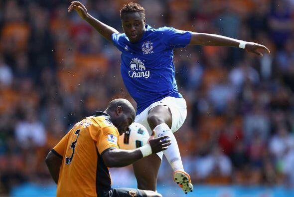 En el fútbol hay que usar la cabeza...pero no para parar una pata...