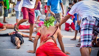 Así se vive la Semana Santa en Filipinas