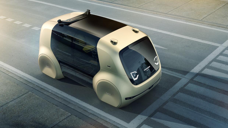 La marca alemana muestra en el Auto Show de Ginebra una minivan autónoma...