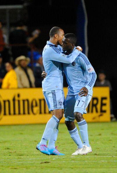 Dos goles en los últimos cinco minutos definieron el empate 1-1 entre Sa...