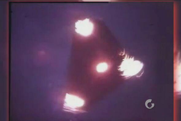 Esta es una imagen tomada de un OVNI triangular, que dio paso a una nuev...