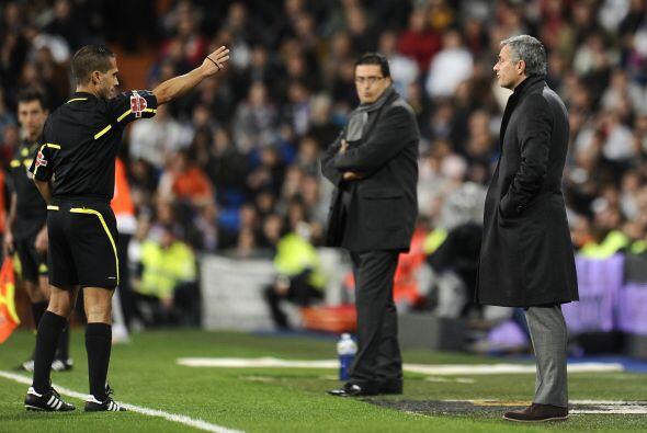 Al técnico de los 'blancos' José Mourinho no le parecían algunas decisio...