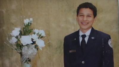 "Familia hispana sospecha que un hijo perdió la vida por el ""reto de la ballena azul"""
