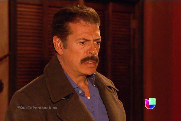 Te estás salvando de quedarte encerrado Fausto. Diego no dejará escapar...