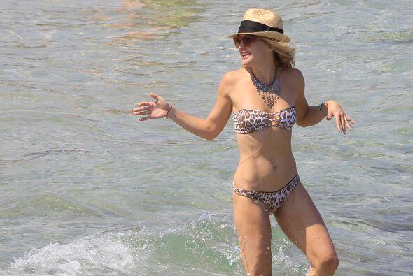 Kate Hudson mostró su increíble cuerpo en las playas de Ibiza, en una vi...