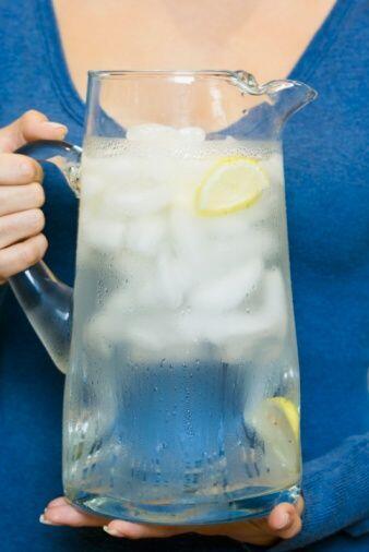 No enloquezcas con las bebidas: Aunque sea difícil. Las bebidas con 'piq...