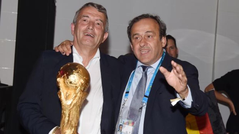 El presidente de la UEFA le daría el galardón a un futbolista de Alemani...