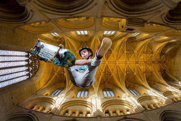 La iglesia invita a los patinadores de todas las edades a asistir a dich...
