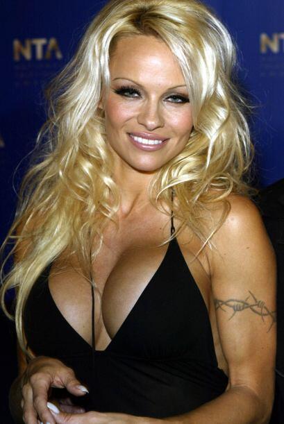 Pamela tiene dos hijos con su ex marido el famoso rockero Tommy Lee.