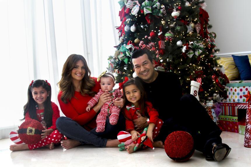 ¡Feliz Navidad de parte de Bárbara y toda su familia!