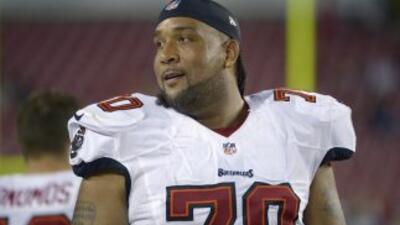 Donald Penn jugará con los Raiders (AP-NFL).