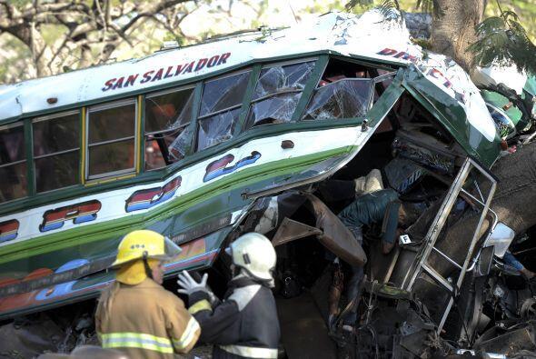 Esta semana El Salvador registró 12 muertos y 200 heridos, todos ellos v...